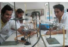 Laboratorio de Biología y Química