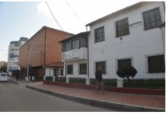 Centro Fundación Universitaria Escuela Colombiana de Medicina Homeopática Luis G. Páez Bogotá Foto